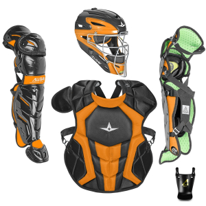 S7 AXIS™ TWO TONE ADULT CATCHING KIT // MEETS NOCSAE-BLACK/ORANGE